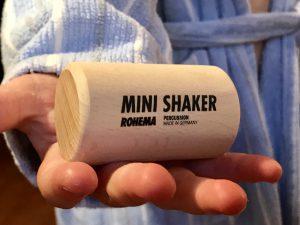 Junge mit Mini-Shaker von Rohema